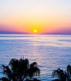 Zonsondergang op het overzees behangmening Stock Afbeeldingen