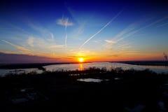 Zonsondergang op het water Royalty-vrije Stock Foto