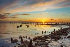 Zonsondergang op het zoute meer van Elton royalty-vrije stock fotografie