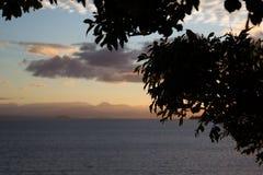 Zonsondergang op meer Taupo Stock Fotografie