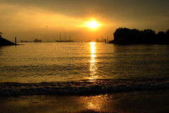Zonsondergang op overzees Royalty-vrije Stock Fotografie