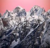 Zonsondergang op sneeuwMTElbrus gebied Royalty-vrije Stock Foto's