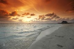 Zonsondergang op strand Royalty-vrije Stock Fotografie