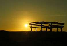 Zonsondergang op strand Stock Foto