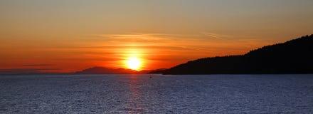 Zonsondergang op Vreedzame oceaan Stock Afbeelding