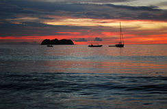 Zonsondergang op Vreedzame Oceaan Stock Foto