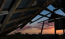 Zonsondergang Oude Loods Stock Foto's