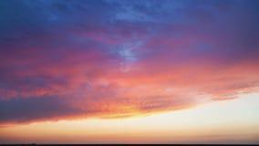 Zonsondergang over de horizon tijd-tijdspanne stock videobeelden