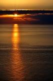 Zonsondergang over de Zwarte Zee, Sotchi: donkere wolken Stock Fotografie