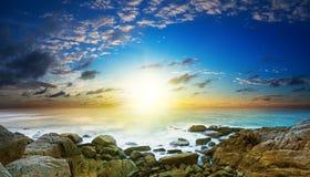 Zonsondergang over het overzees Stock Afbeelding