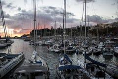Zonsondergang over jachthaven in Funchal Stock Fotografie