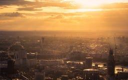 Zonsondergang over Londen stock foto's