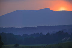 Zonsondergang over Mt. Mansfield in Stowe Vermont royalty-vrije stock foto