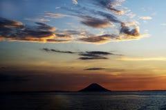 Zonsondergang over oceaan royalty-vrije stock foto