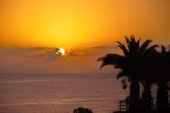 Zonsondergang over oceaan Stock Afbeelding