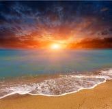 Zonsondergang over overzees Stock Afbeelding