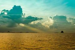 Zonsondergang over overzees Royalty-vrije Stock Foto