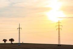 Zonsondergang over powerlines Royalty-vrije Stock Fotografie