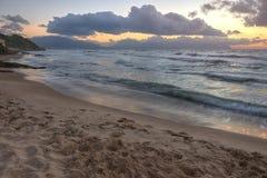 Zonsondergang over Siciliaanse kust Stock Afbeelding