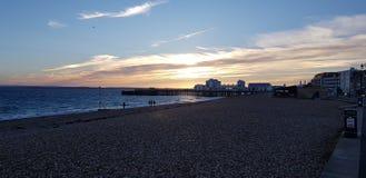 Zonsondergang over Southsea-pijler stock foto