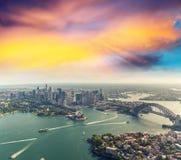 Zonsondergang over Sydney Harbour, helikoptermening Stock Foto