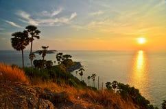 Zonsondergang in Phuket Royalty-vrije Stock Afbeeldingen