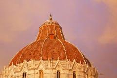 Zonsondergang in Piazza dei Miracoli, Pisa Royalty-vrije Stock Afbeeldingen