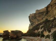 Zonsondergang in stad Bonifacio in Corsica stock fotografie