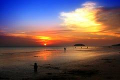 Zonsondergang in strand Stock Fotografie