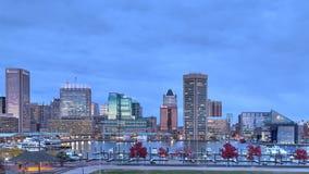 Zonsondergang tijd-tijdspanne de Binnenhaven in van Baltimore, Maryland stock videobeelden