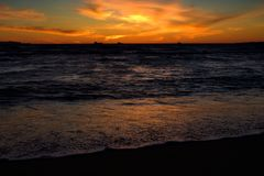 Zonsondergang van Californisch Strand stock fotografie