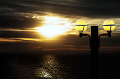 Zonsondergang van het Dek van een Cruiseschip Stock Afbeeldingen