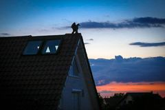 Zonsondergang van Stuttgart Duitsland Stock Afbeeldingen