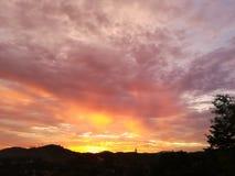 Zonsondergang voorbij helling Royalty-vrije Stock Afbeelding