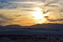 Zonsondergang in Witte Zandwoestijn royalty-vrije stock foto