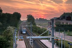 Zonsondergang in Zoetermeer Driemanspolder royalty-vrije stock foto