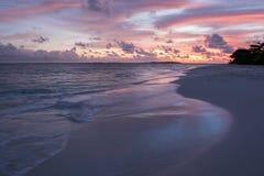 Zonsondergang zonnig strand Stock Foto's
