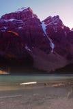 Zonsondergangbergen stock fotografie