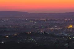 Zonsondergangmening van de heuvel van Mandalay, Myanmar royalty-vrije stock fotografie