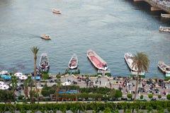 Zonsondergangmening van enbankment van Nijl in Kaïro Stock Foto's