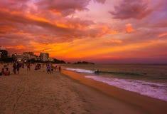 Zonsondergangmening van Ipanema-strand in Rio de Janeiro Royalty-vrije Stock Fotografie