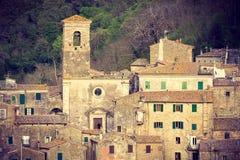 Zonsondergangmening van Sorano, Toscanië Stock Fotografie
