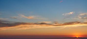Zonsondergangscène bij het overzees Het bekijken Camera Royalty-vrije Stock Foto