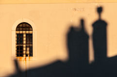 Zonsondergangschaduwen en venster in Mali Losinj Royalty-vrije Stock Afbeelding