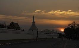 Zonsondergangst groot paleis Royalty-vrije Stock Fotografie