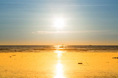 Zonsondergangstrand in Myanmar Stock Afbeelding