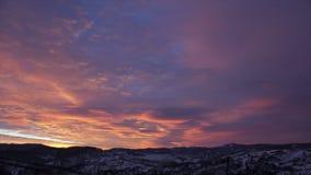 Zonsondergangwolken stock video