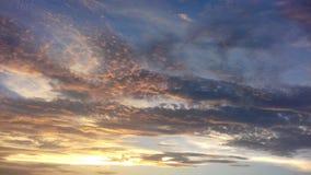 Zonsondergangwolken stock afbeelding