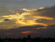 Zonsondergangwolken en hemel Stock Foto