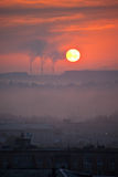 Zonsondergangzonsopgang op stad Royalty-vrije Stock Foto